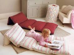 Pretty Pillow Beds
