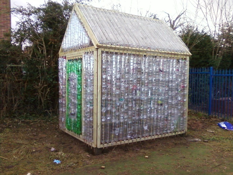 Домик для детей из пластиковых бутылок своими руками мастер класс 85